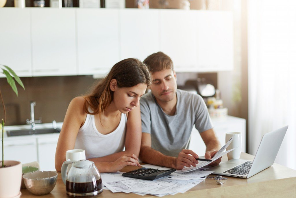 Calculating the family expense